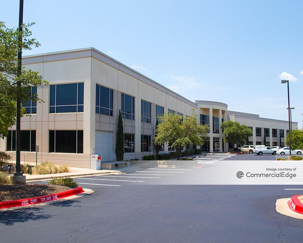 7000 West at Lantana at 7000 West William Cannon Drive, Austin office space