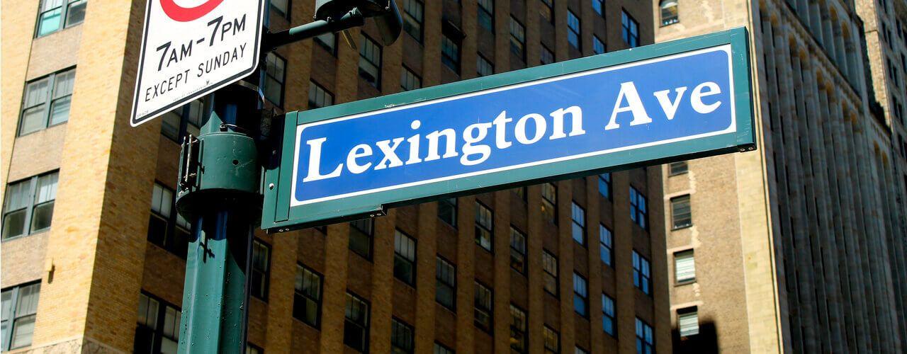 midtown manhattan street sign