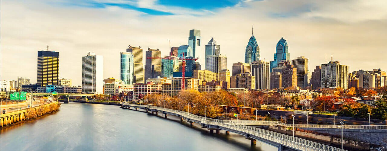 overview of the skyline and office buildings in Philadelphia