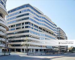 The Watergate Office Building & Plaza - Washington