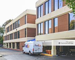 Desco Plaza III - Lafayette