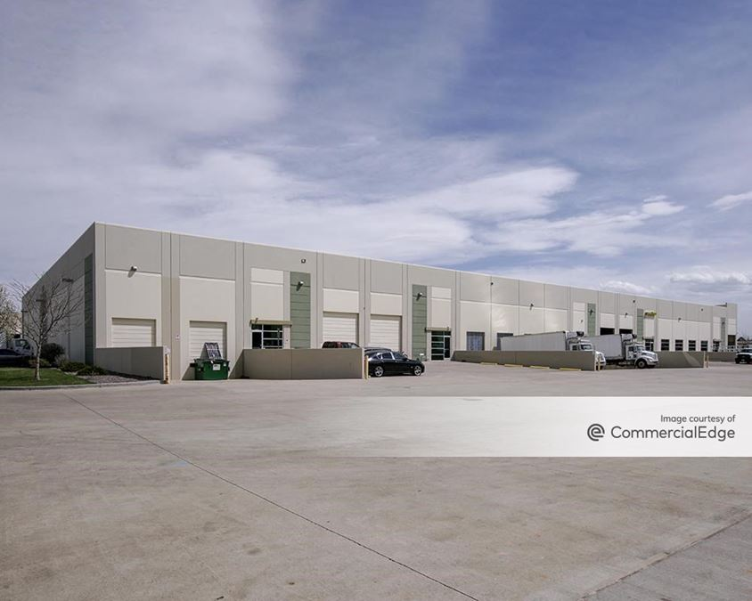 Park Industrial Center - 5690, 5700 & 5710 East 56th Avenue