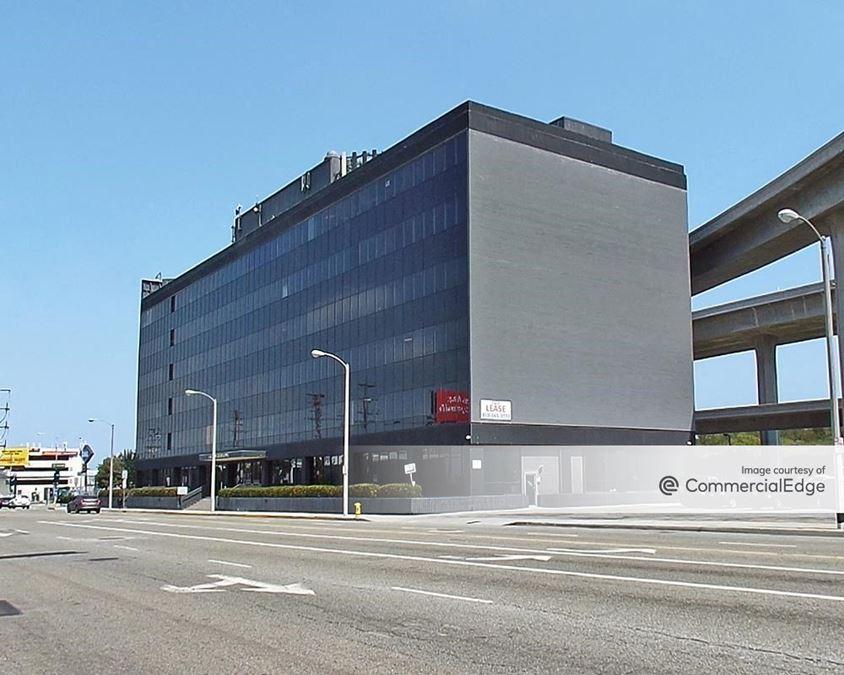 La Cienega Building