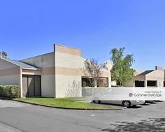 20990 Redwood Road - Castro Valley