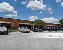 Plaza Del Oro Business Center - Houston