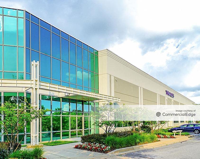Gateway 270 - 22527 Gateway Center Drive