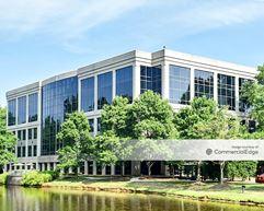 Water Ridge Office Park - Eight Water Ridge - Charlotte