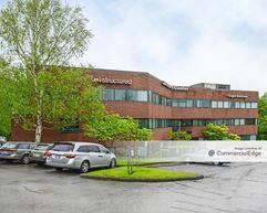 205 Corporate Center - Clackamas