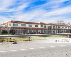 Gunston Commerce Center - Building 9 - Lorton