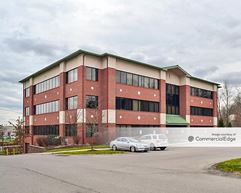 Pine Corporate Center - Wexford