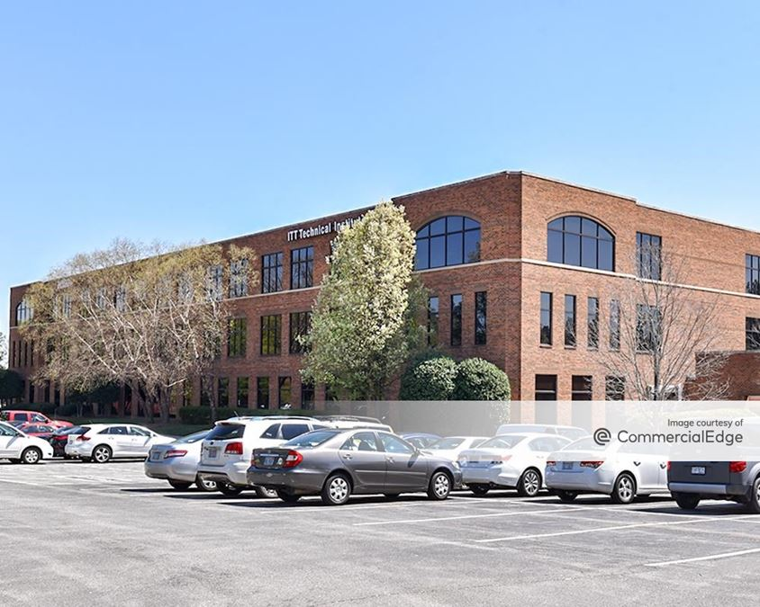 Mendenhall Oaks Business Park - Aetna Building