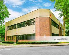 Kinetic Medical Park - Brick