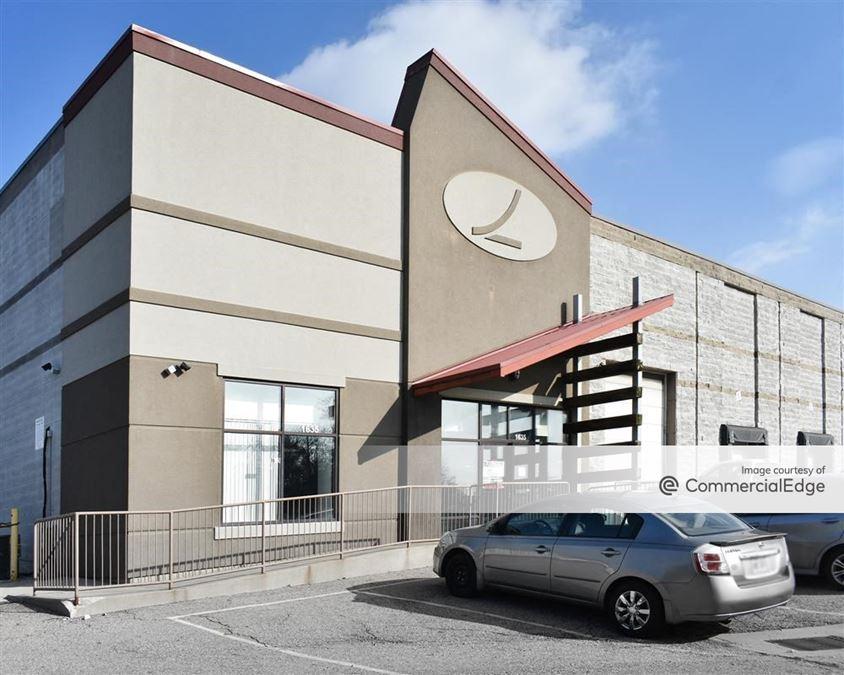 Logistics Pointe Distribution Center - 1635 Watkins Road