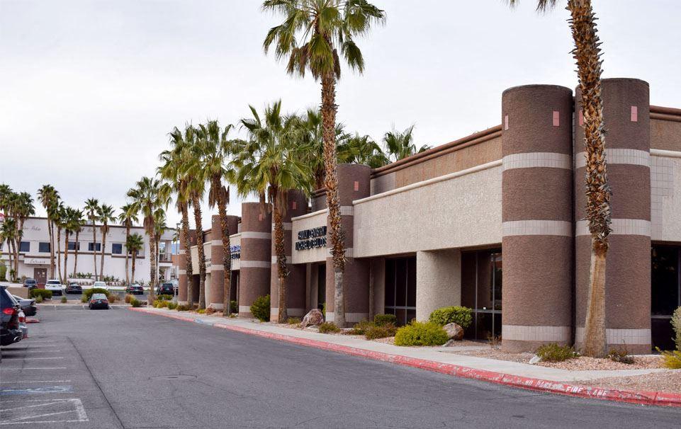 R&R Plaza