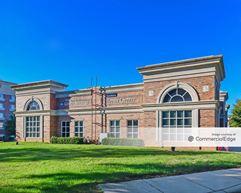 Mooresville Gateway - 114, 118, 122, 132, 136, & 140 Gateway Blvd - Mooresville