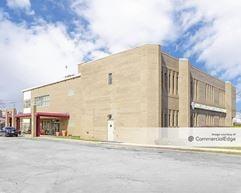 MacNeal Professional Building - Riverside