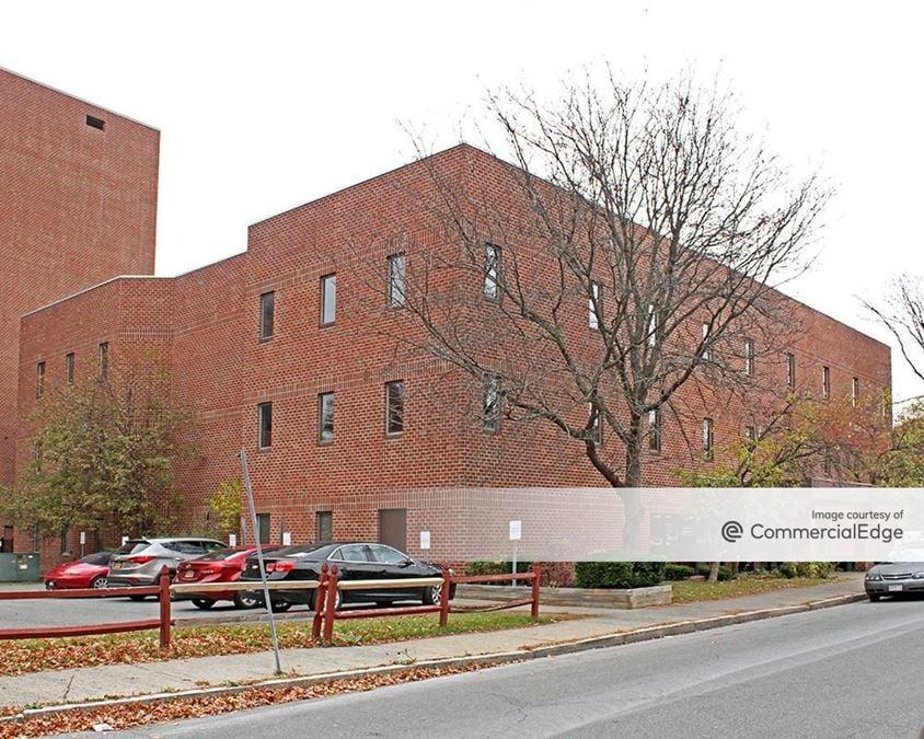 Troy Medical Plaza