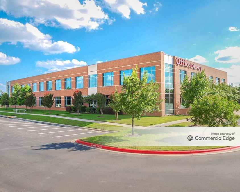 Amber Oaks Corporate Center - Building H