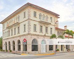 Wells Fargo Building - Palm Beach