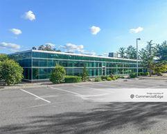 Crossways Corporate Park - 250 Crossways Park Drive - Woodbury