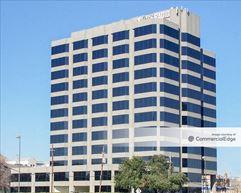 CBS Radio Tower - Dallas