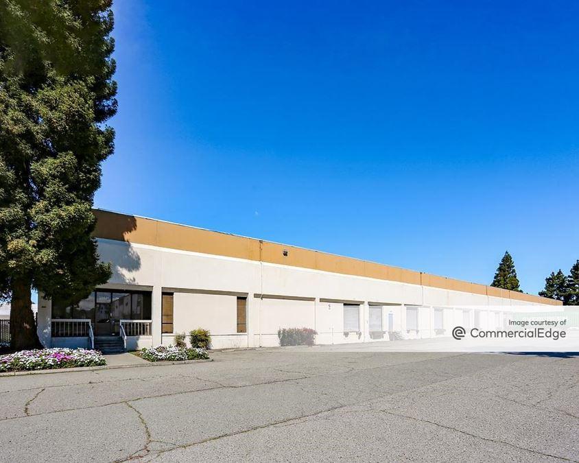 Koll Distribution Center - 1636 Pacific Street