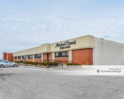 Airport South Commerce & Tech Park - 4450 Poth Road - Whitehall