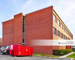 Clara Maass Medical Office Buildings - Belleville
