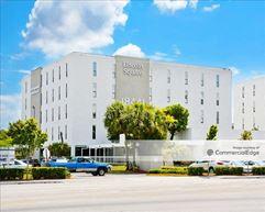 Lincoln Square North - Miami Gardens