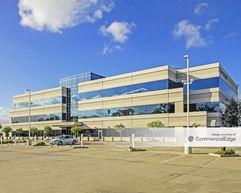 Global Corporate Center - Corona