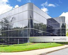 Airport Corporate Center - 640 Johnson Avenue - Bohemia