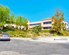 Younan Corporate Center - Thousand Oaks