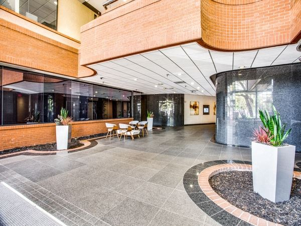 Office Freedom | 555 Republic Dr