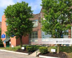Philadelphia Design and Distribution Center - Philadelphia