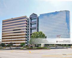 Two Pershing Square - Kansas City