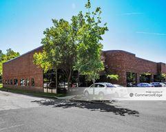 Horizon Center - 100-300 & 500 Horizon Drive - Trenton