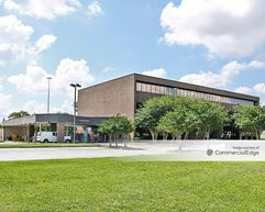 Sterling Bank Building - Houston