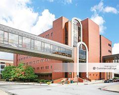 Professional Center North - Akron