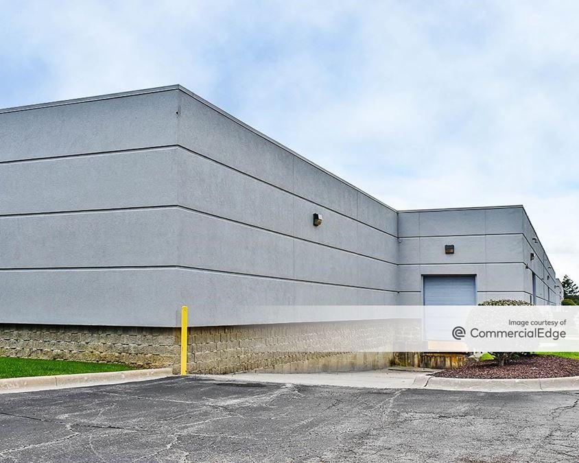 Meadowbrook Technical Center - 1700-1800, 1920 & 1940 Opdyke Court