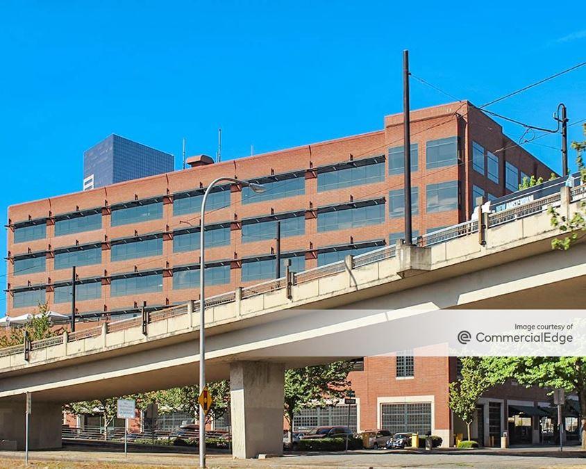Everett Building
