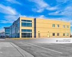 Dupont Business & Medical Park - 2512 Medical Office Building - Fort Wayne