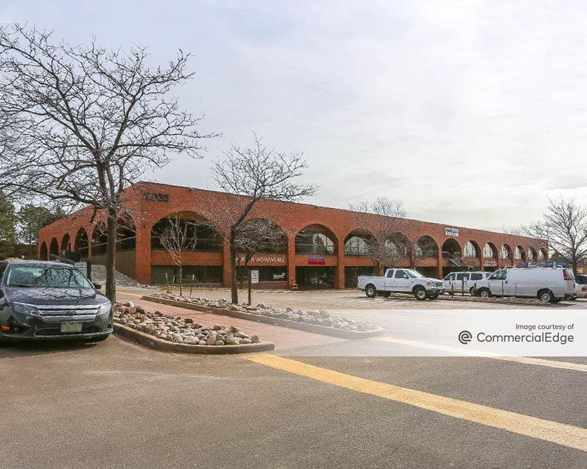 Marketplace Courtyard - Building E