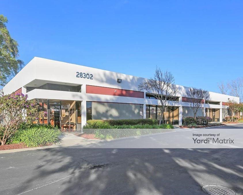 Industrial Blvd Business Center