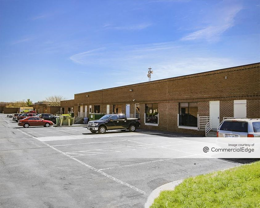 270 Technology Park - 5310, 5320 & 5330 Spectrum Drive