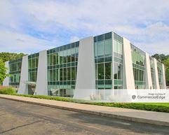 High Ridge Park Corporate Center - 1 High Ridge Park - Stamford