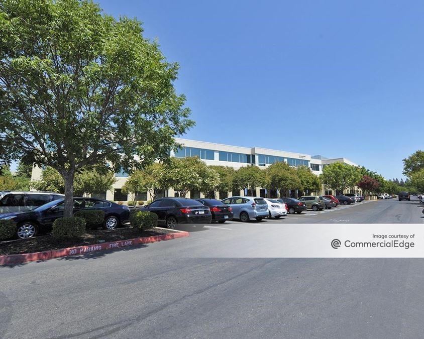 White Rock Corporate Campus - Building Design
