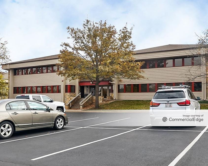 High Point Office Park - 555 & 559 D'Onofrio Drive