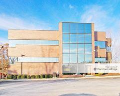 Northwoods Crossing Office Park - 4400 Deer Path Road - Harrisburg