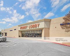 Brodie Oaks Shopping Center - Austin