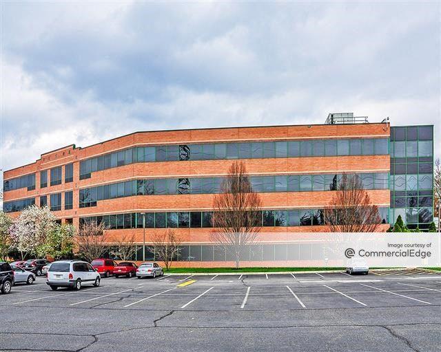 Union Meeting Corporate Center - 930 Harvest Drive